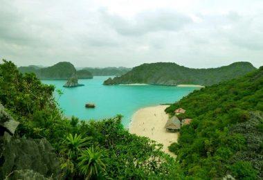 Cat Dua Monkey Island in Lan Ha Bay